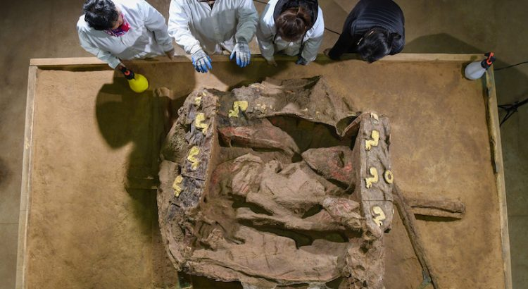 Çinli Arkeologlar 2.500 Yıllık Bir Araba Kalıntısı Buldu