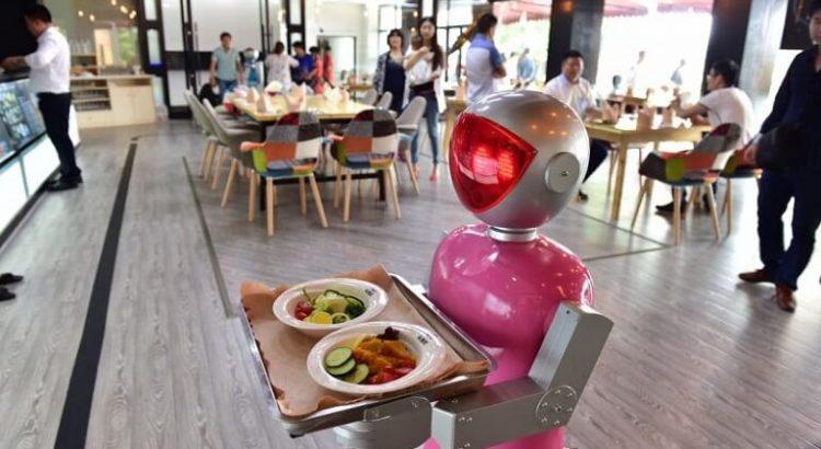 Çin Restoranlarında Robot Devrimi!
