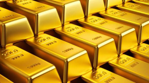 Altın fiyatları Çin verisi ve ticaret haberleri ile düştü